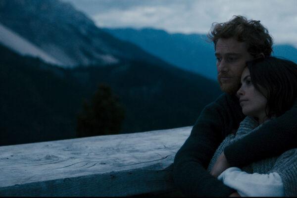film-still-three-peaks-10