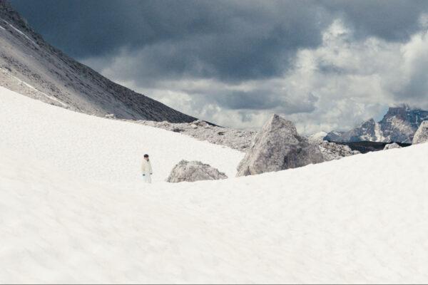 film-still-three-peaks-16
